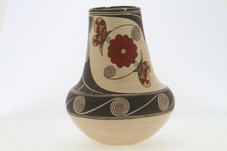 Santa Clara polychrome jar