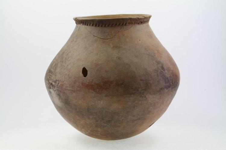 Mojave area prehistoric storage jar