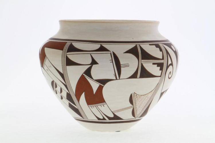 Hopi polychrome jar