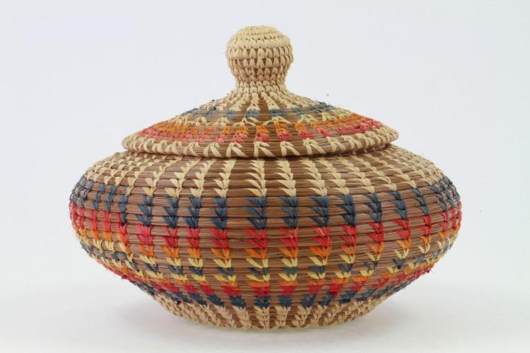 Northeast lidded pine needle basket
