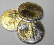 Lot of (3) US Silver Eagles Random Date