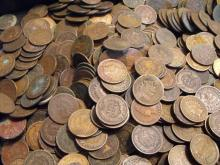 Lot of (100) Indian Head Cents- As Shown