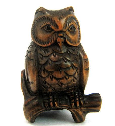 Stunning quot hand carved boxwood netsuke smart owl