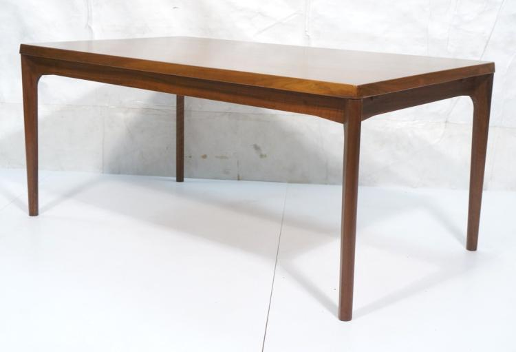 Danish modern dining table shaped tapered leg an for Unique shaped dining tables