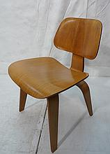 Early CHARLES EAMES Molded Plywood DCW Chairs. KN