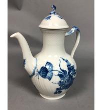 ROYAL COPENHAGEN BLUE AND WHITE COFFEE POT.  1794