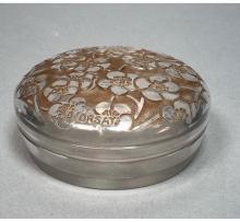 R LALIQUE D'ORSAY POWDER JAR. CRYSTAL BOX WITH FR