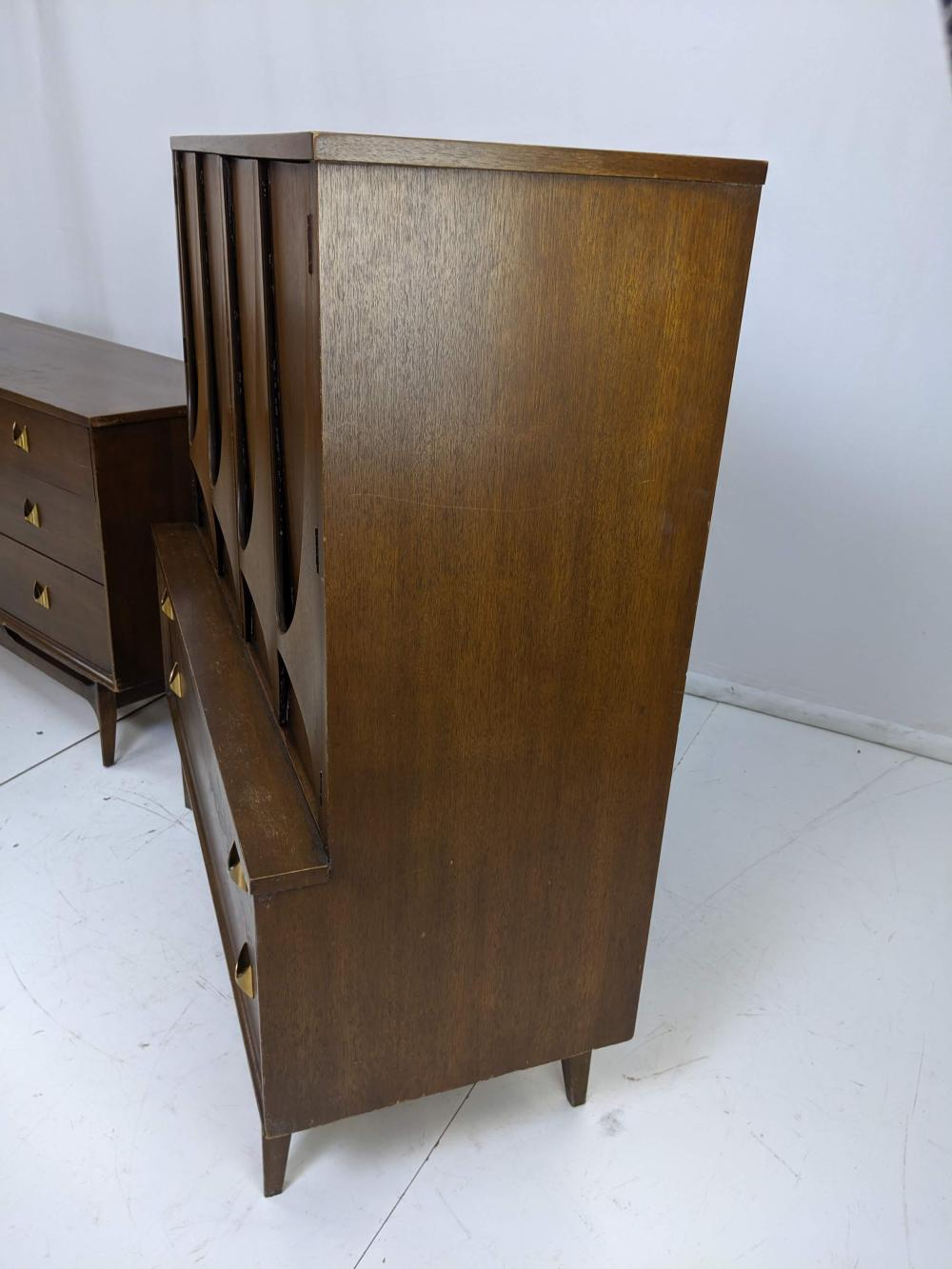 5pc Brasilia By Broyhill Bedroom Set Night Stand
