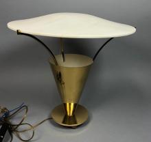 MODERNIST MID CENTURY BRASS TABLE LAMP. BRASS CON