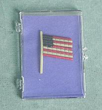 WWII US FLAG PIN