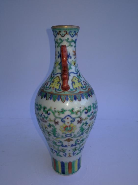 Chinese Porcelain Flower Bottle DaQingDaoGuangNianZhi
