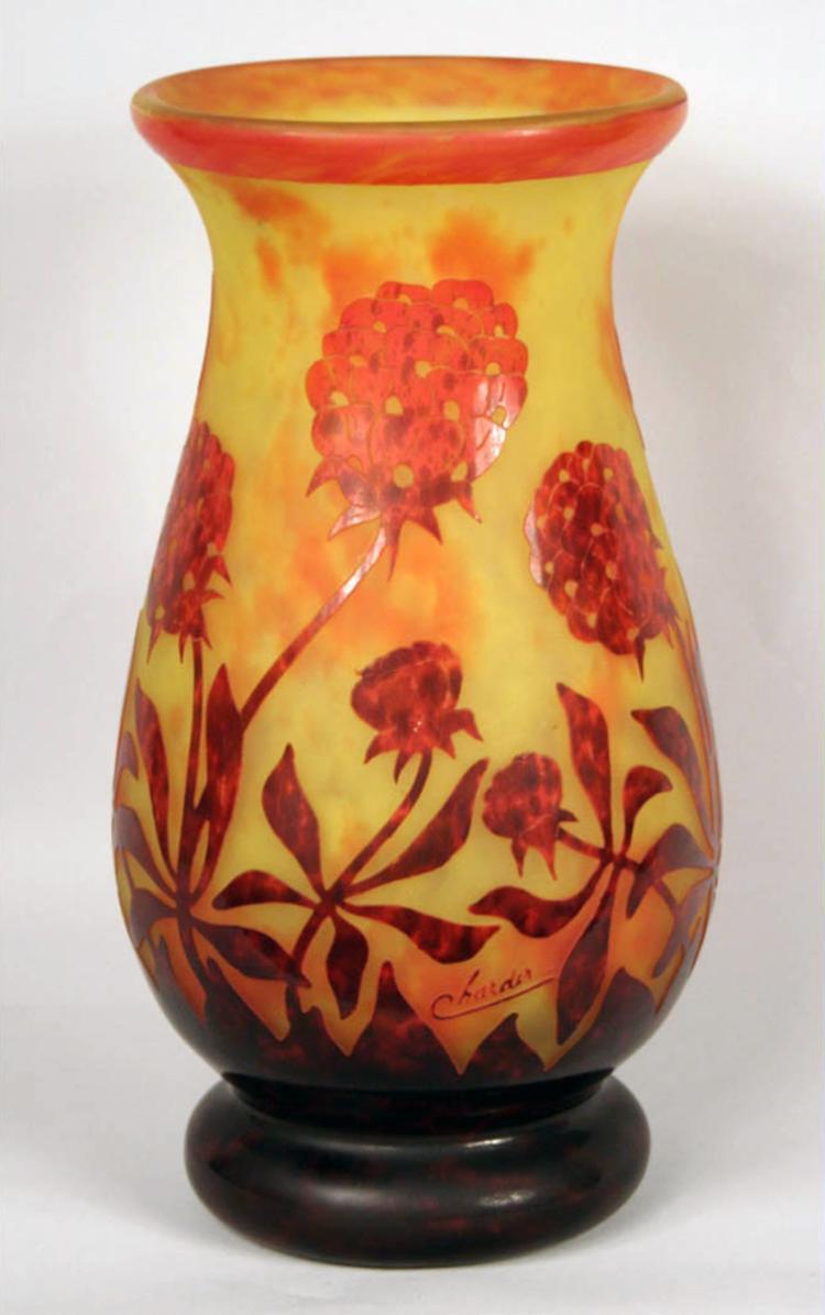 pivoines le verre francais vase. Black Bedroom Furniture Sets. Home Design Ideas
