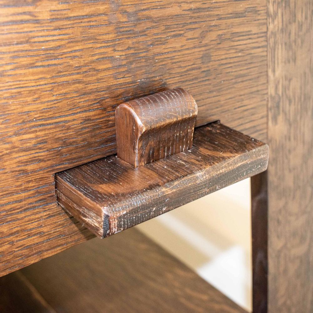 Arts & Crafts Oak Bookshelf (Circa 1900)
