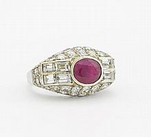 RUBIN-DIAMANT-RING. Frankreich, um 1920.950/-