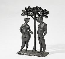 PASCH, CLEMENS 1910 Sevelen - 1985 Düsseldorf Der Apfel. Bronze, schwarz patiniert. 48 x 30 x 16cm. Signiert hinter den Figuren: C. PASCH.