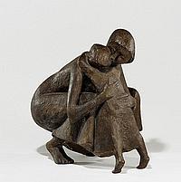Welzel, Manfred 1926 Berlin Mother hugging her
