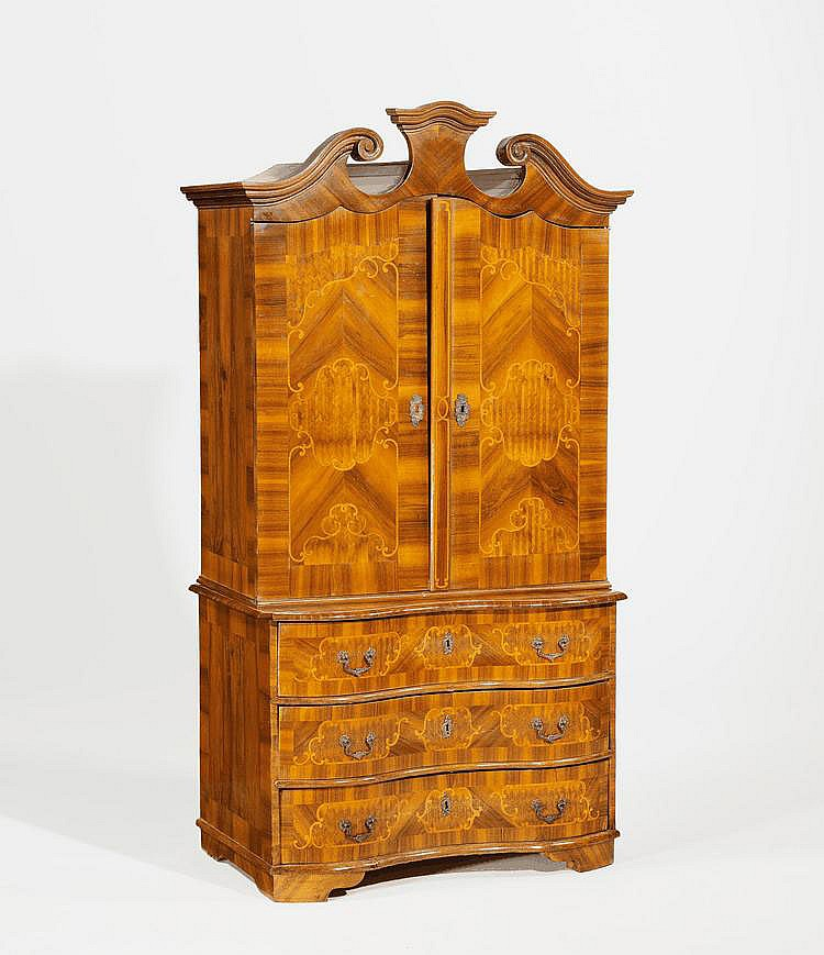 Baroque Cabinet on Chest. Germany. 18th C. Walnut,