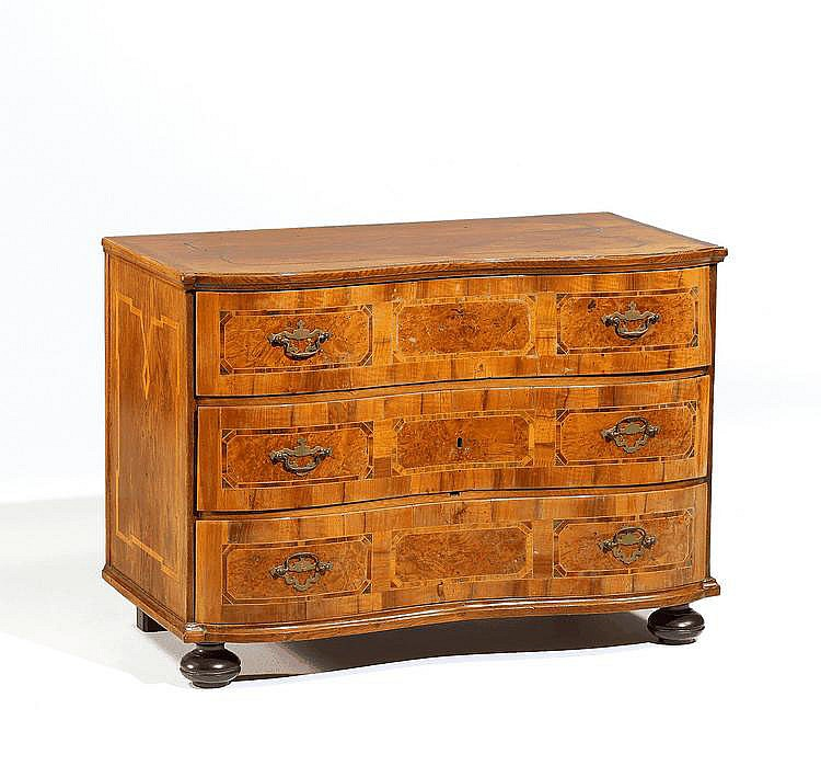 Baroque Chest of Drawers. Germany. Mid 18th C.