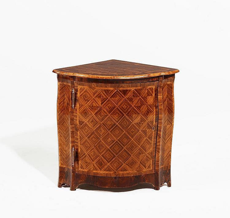 Louis XV. Corner Cabinet. France. 18th C.