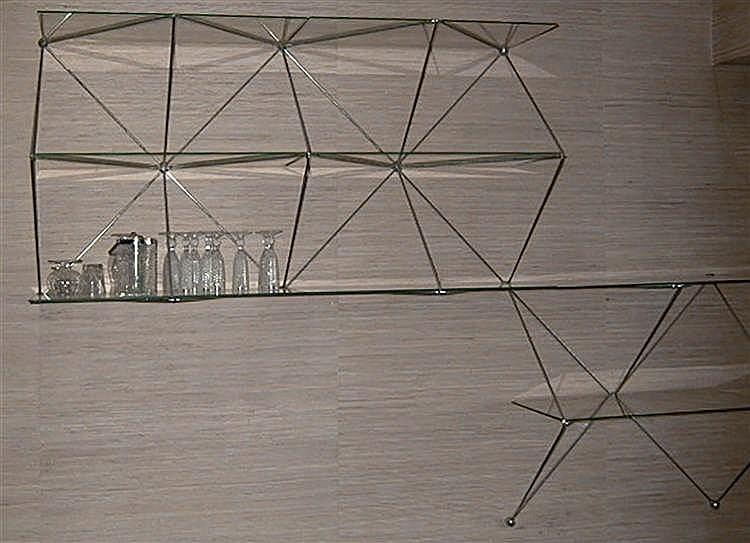 etag re tubulaire quatre l ments en m tal chrom epoque. Black Bedroom Furniture Sets. Home Design Ideas
