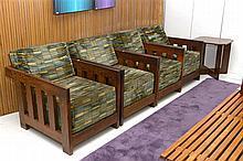 Salon de style Art Déco en wengé comprenant une série de quatre fauteuils a