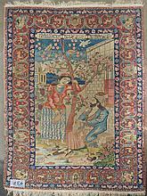 Carpette perse ancienne décorée de
