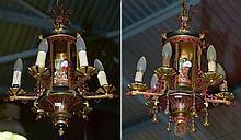 Paire de petits lustres en bronze doré et bronze peint à froid en forme de