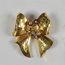 Broche en or jaune 18 carats