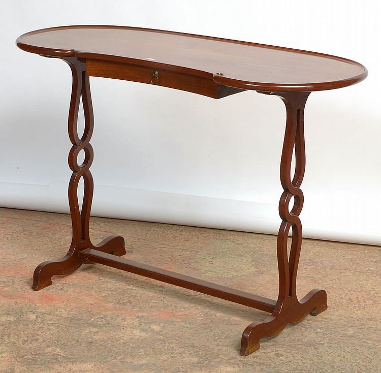 Table à écrire de forme