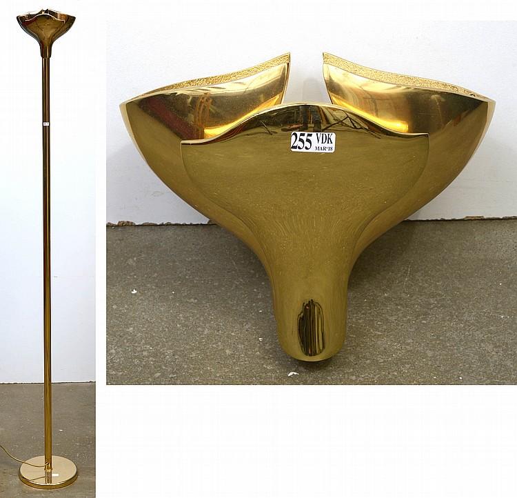 lampadaire halog ne et une applique halog ne en laiton dor