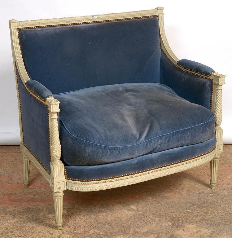marquise la reine de style louis xvi en bois sculpt recha. Black Bedroom Furniture Sets. Home Design Ideas