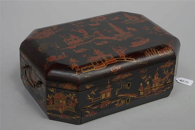 Bo te ouvrage octogonale en bois laqu maki or et rouge a for Boite ouvrage