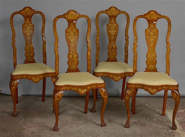 s rie de quatre chaises en acajou d cor es d 39 une marqueterie. Black Bedroom Furniture Sets. Home Design Ideas