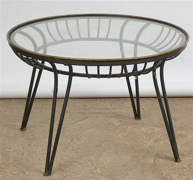 Table de salon ronde en fer forg noir et bord dor tablett - Table salon fer forge ...