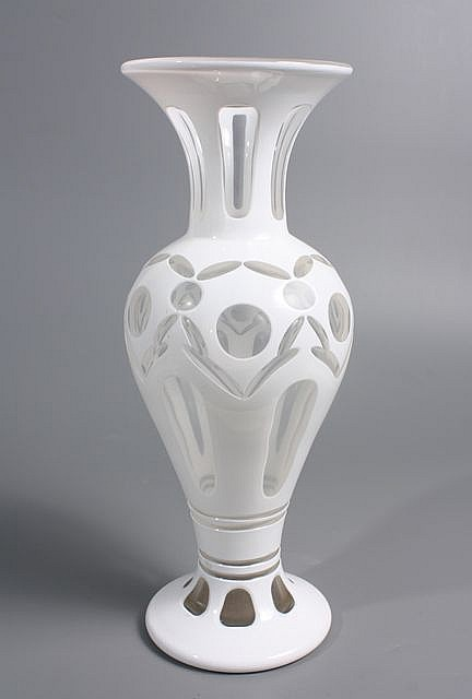 vase balustre en verre doubl d 39 mail blanc taill pontils. Black Bedroom Furniture Sets. Home Design Ideas
