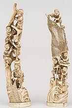 JAPON, (XX°). Deux GROUPES en ivoire sculptée représentant des enfants pêcheurs en équilibre tirant leurs filets. H 33,5 et  H 35,5cm (accidents et manques)