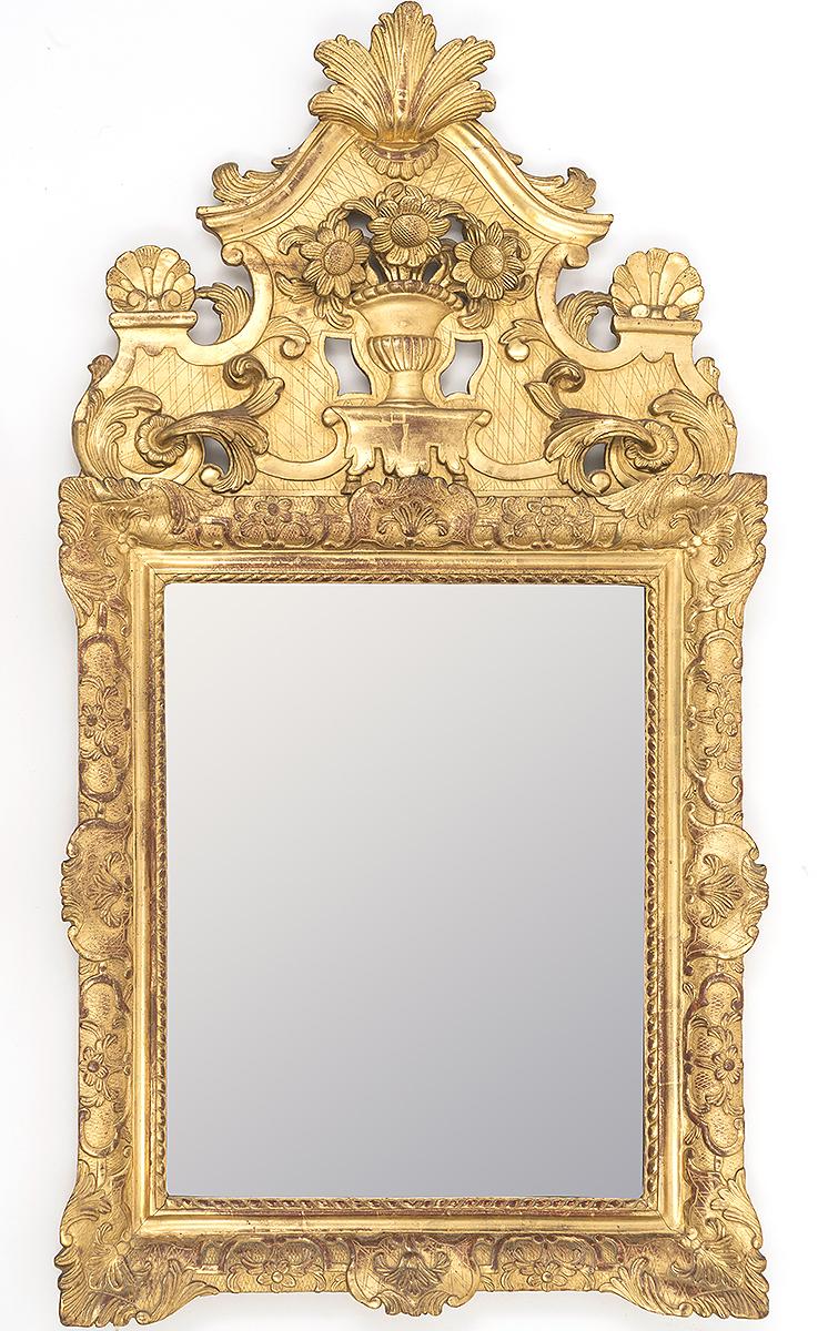 Miroir en bois sculpt et dor fronton ajour d cor d 39 un for Miroir des modes prints