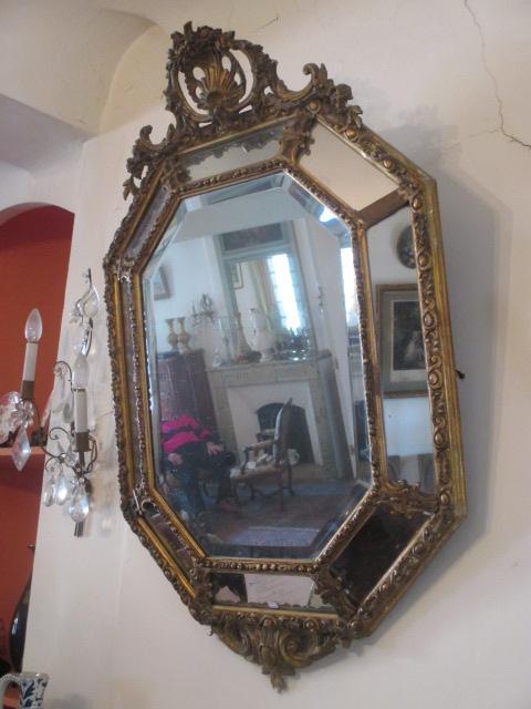 Miroir fronton ajour de forme octogonale en stuc dor for Miroir forme maison