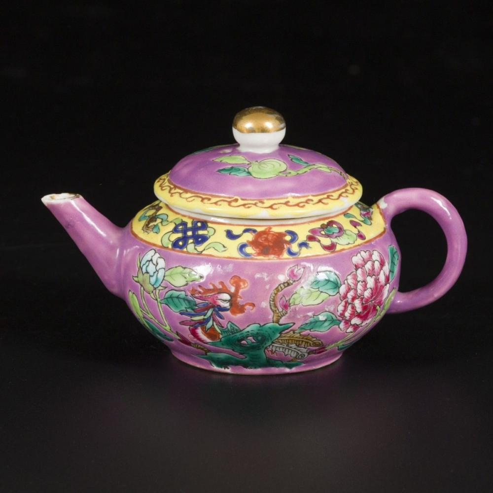 A porcelain famille rose teapot for the Straits or Peranakan market, China, 19th/20th century.
