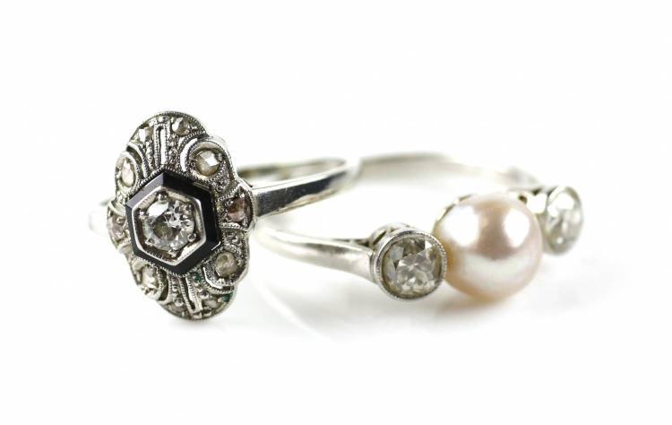 Twee diamanten art deco ringen - Deco tussen ...