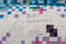 Diet Wiegman (1944): A rectangular rug with geometrical decor