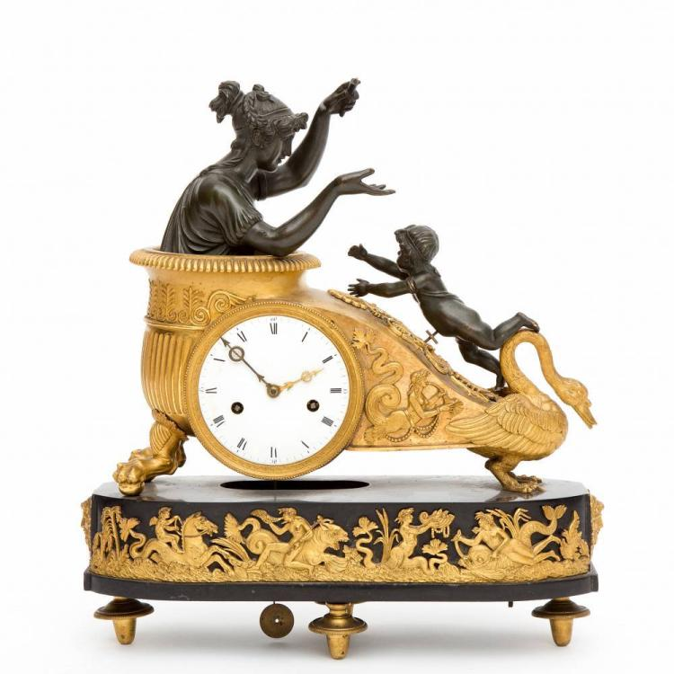 A French Fireplace Mantle Clock