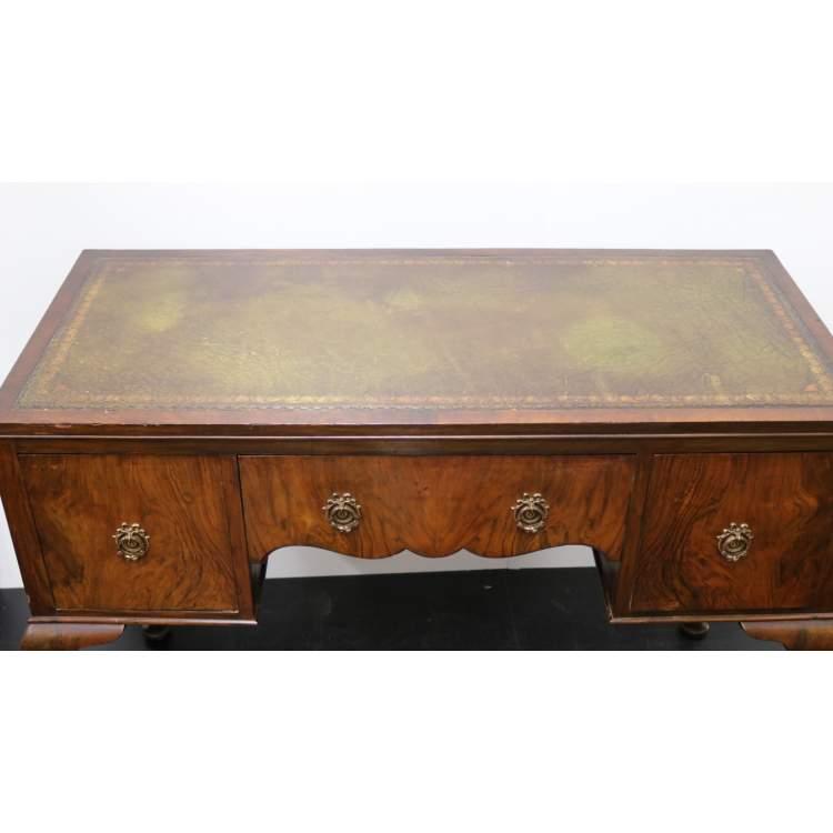 Een mahoniehouten bureau for 13 bureau ims llc