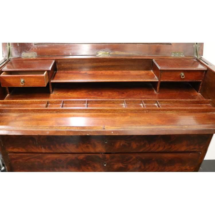 Een mahoniehouten inklapbaar bureau for 13 bureau ims llc