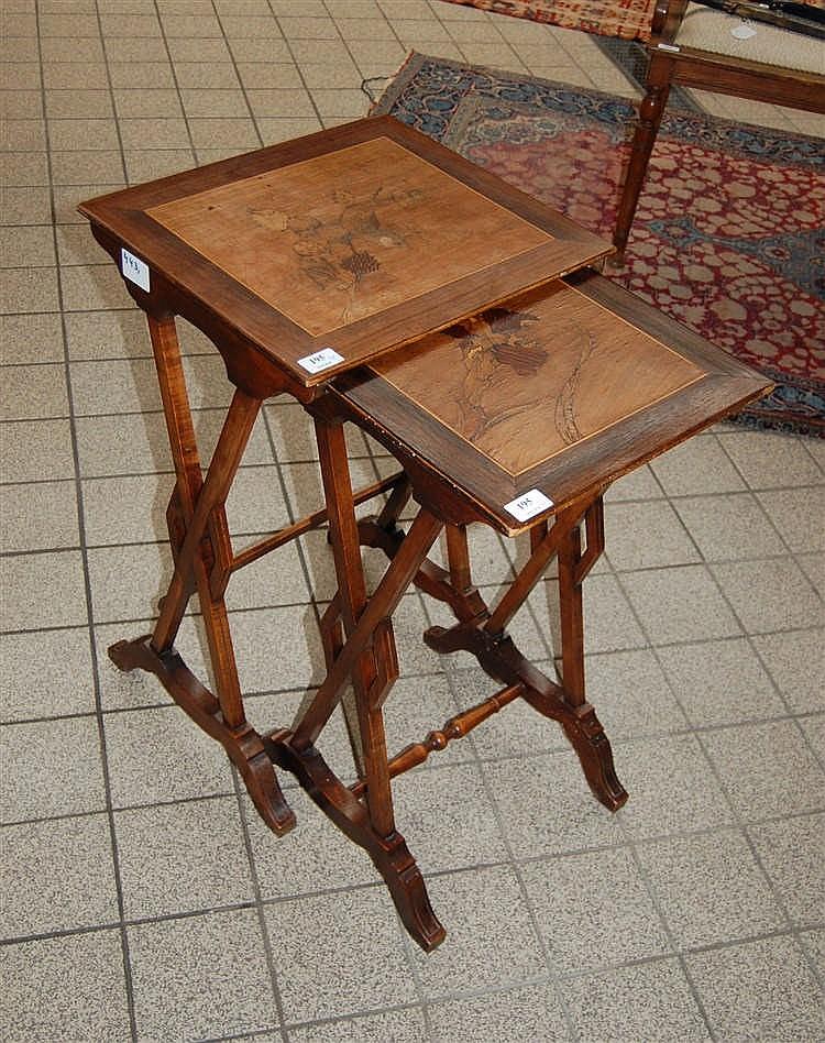 deux tables gigognes d poque art nouveau les tablettes en. Black Bedroom Furniture Sets. Home Design Ideas