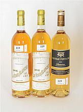 Lot de vins divers : trois bouteilles Château La Tour Blanche 2001. Sautern