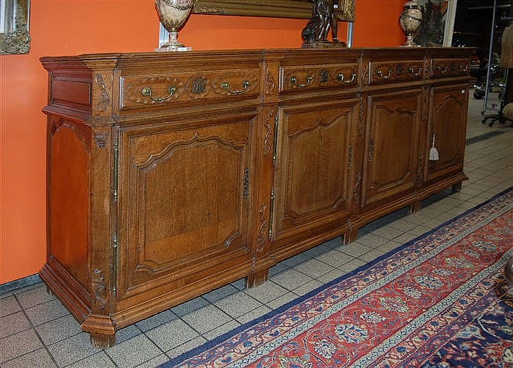 Enfilade en ch ne sculpt quatre portes et quatre tiroirs - Enfilade chene clair ...