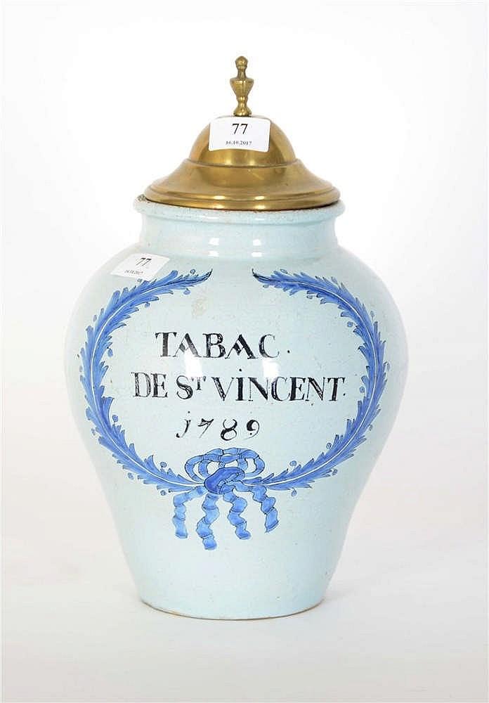 pot 224 tabac en fa 239 ence portant l inscription tabac de st vi