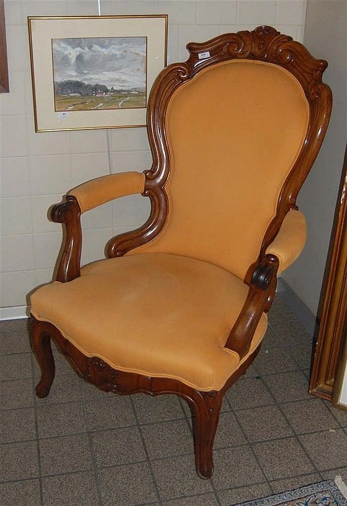fauteuil louis philippe en bois poli sculpt 233