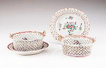 A scalloped basket with dish